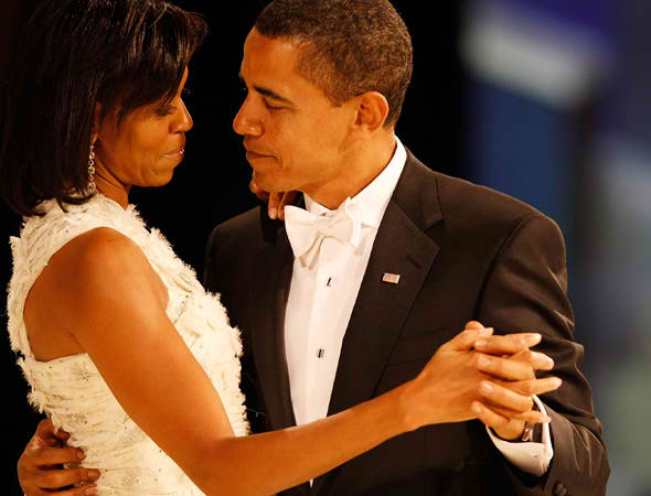 barack-and-michelle-obama-danceing